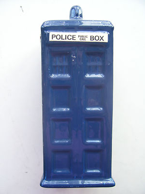 DOCTOR WHO CERAMIC POTTERY TARDIS POLICE BOX MONEY BOX